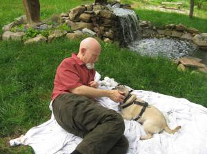 Here I am with Tio Jonathan relaxing by the Sacred Fountain during a quick visit to Sacred Journeys